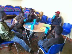 boys eating2